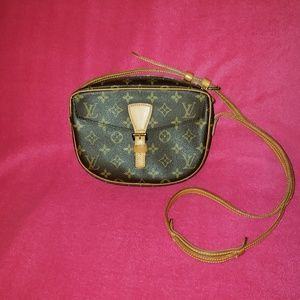 Louis Vuitton Jeune Fille Pm
